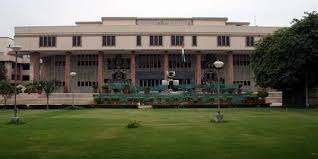 JUDGMENT OF DELHI HIGH COURT GIVING GUIDELINES AS TO WHEN ARBITRATION AWARD CAN BE SET ASIDE AND WHEN NOT, ARBITRATION LAWYER IN DELHI, CIVIL LAWYER IN DELHI